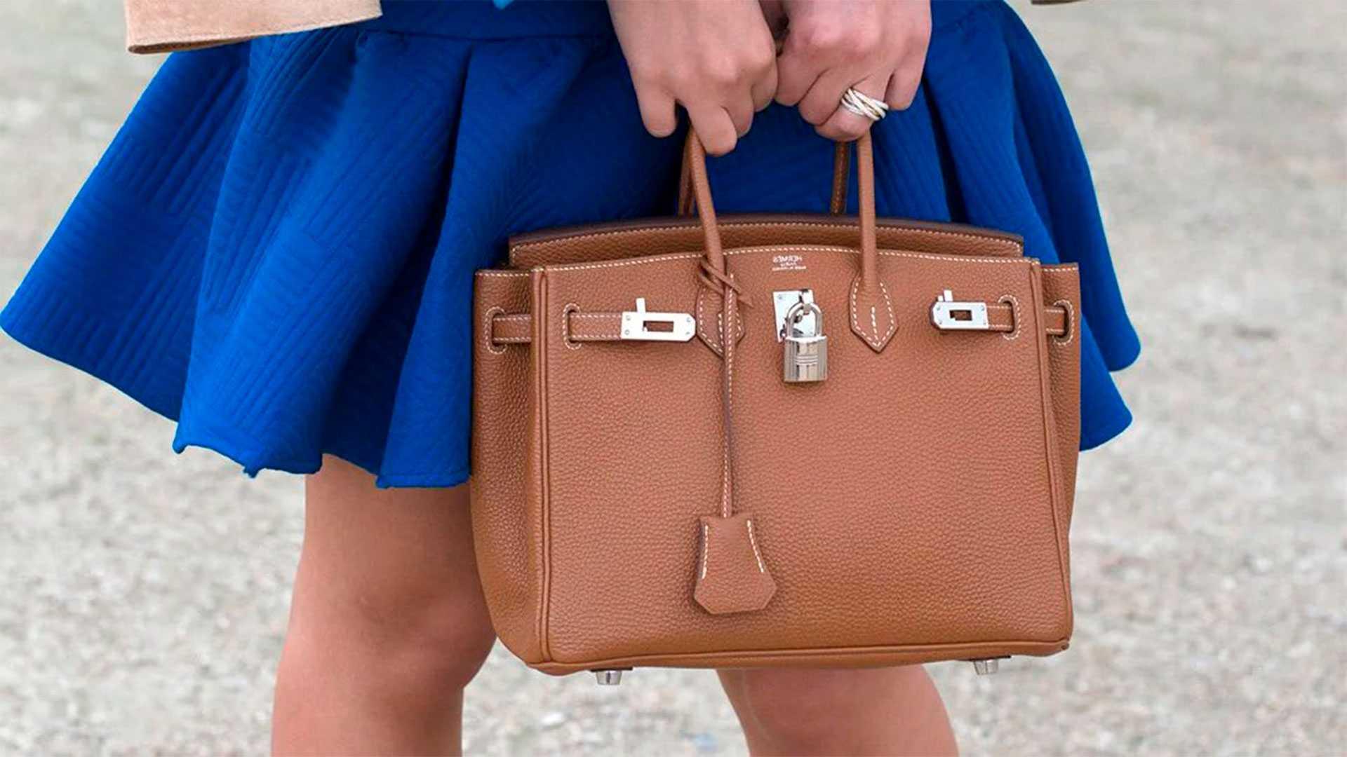 Почему доктора не одобряют сумку с короткими ручками, которую нужно носить на сгибе локтя